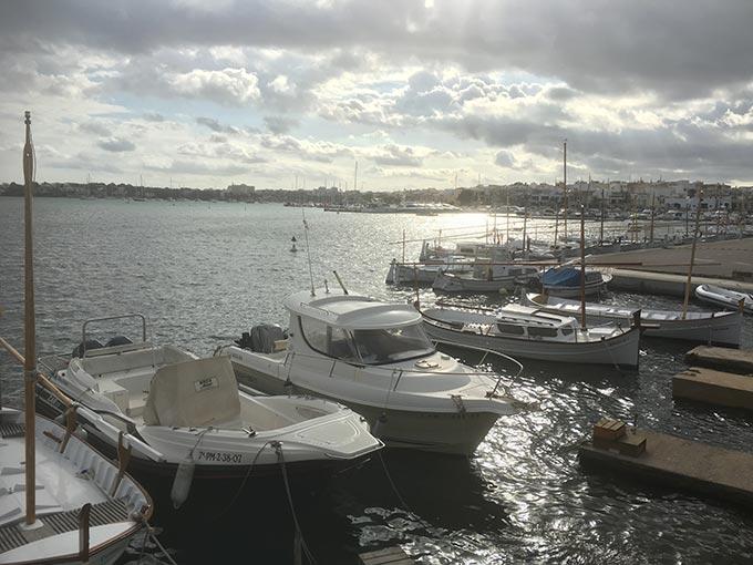 Unternehmer Coach Mallorca - Hafen - Boot - Segelboot